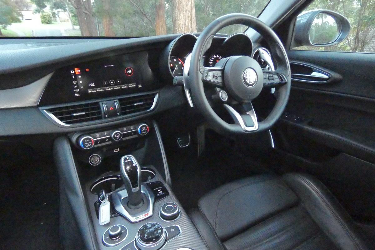 2021 Alfa Romeo Giulia 4
