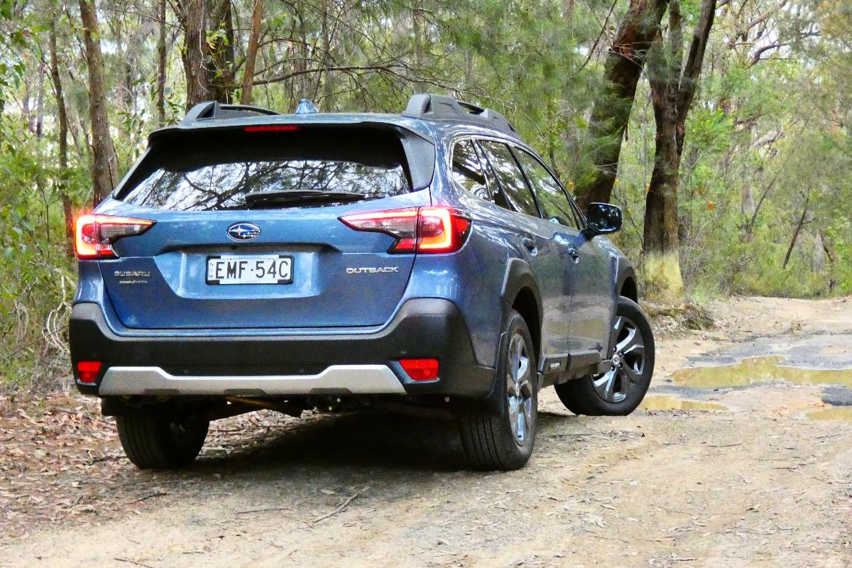2021 Subaru Outback AWD 10