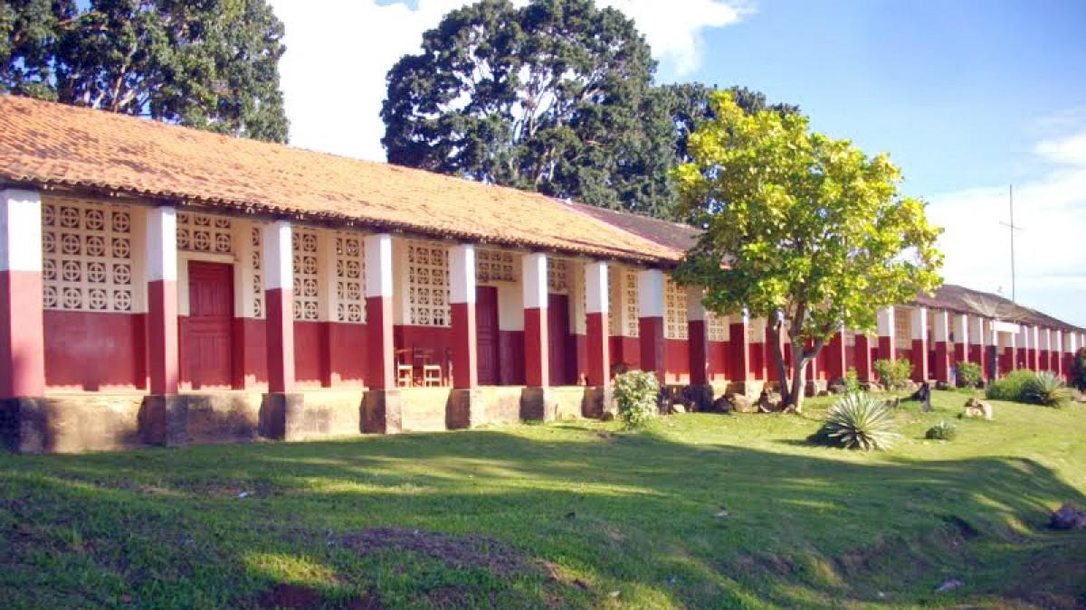 Fordlandia school