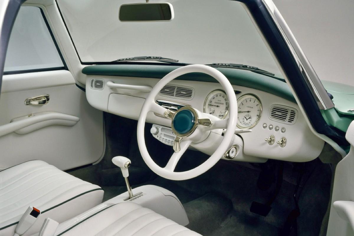 Nissan Figaro 5