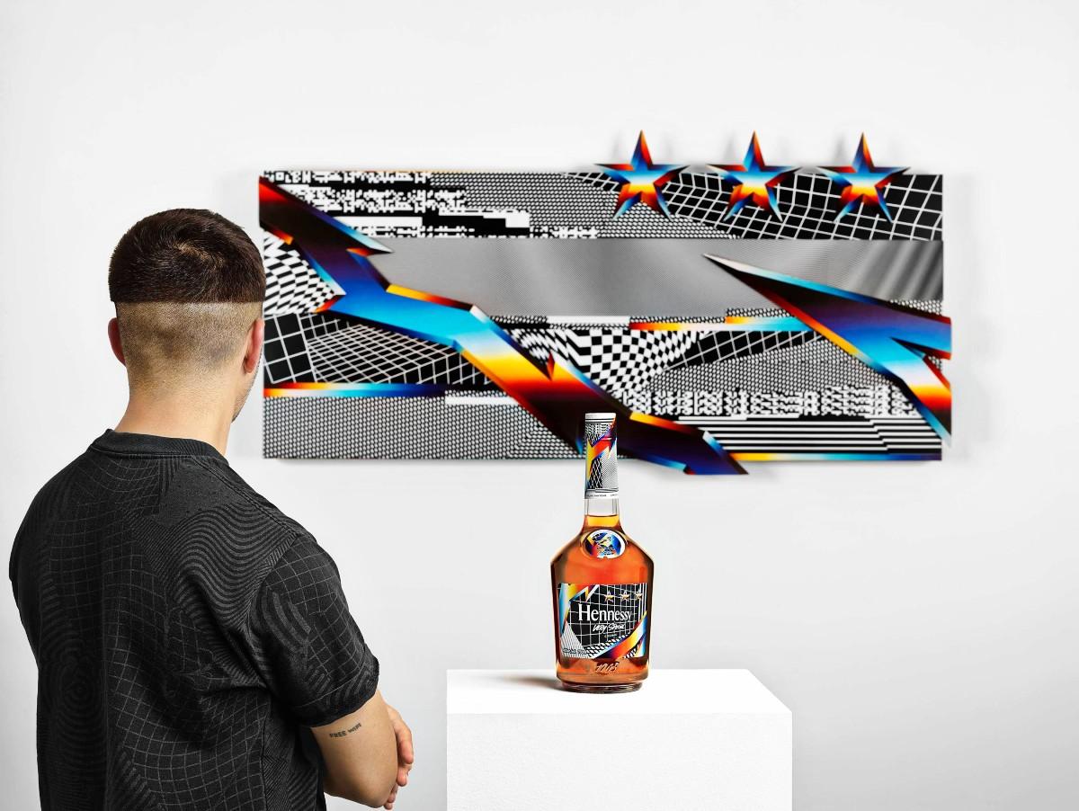 Pantone Hennessy Whisky