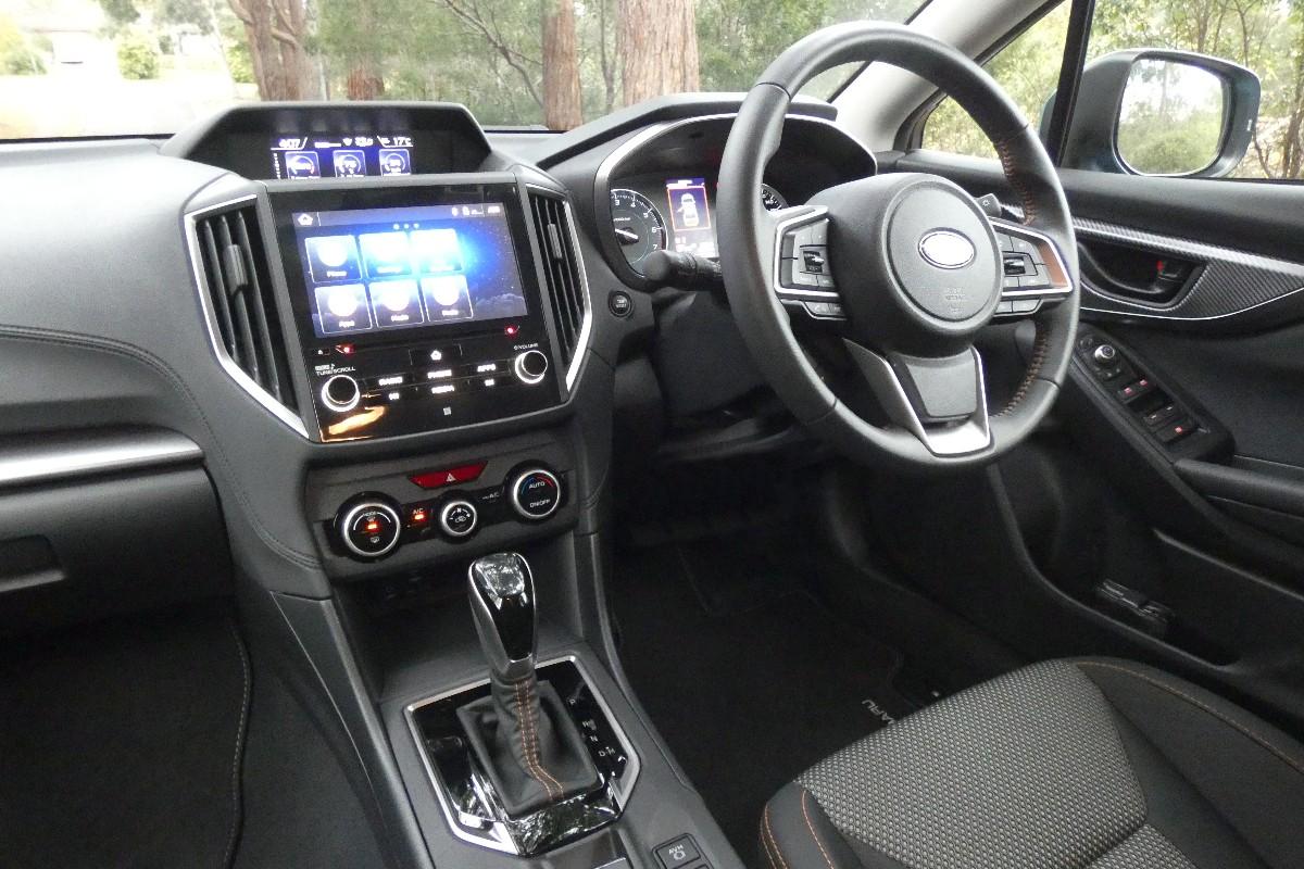 Subaru XV 2.0 HYBRID L 6