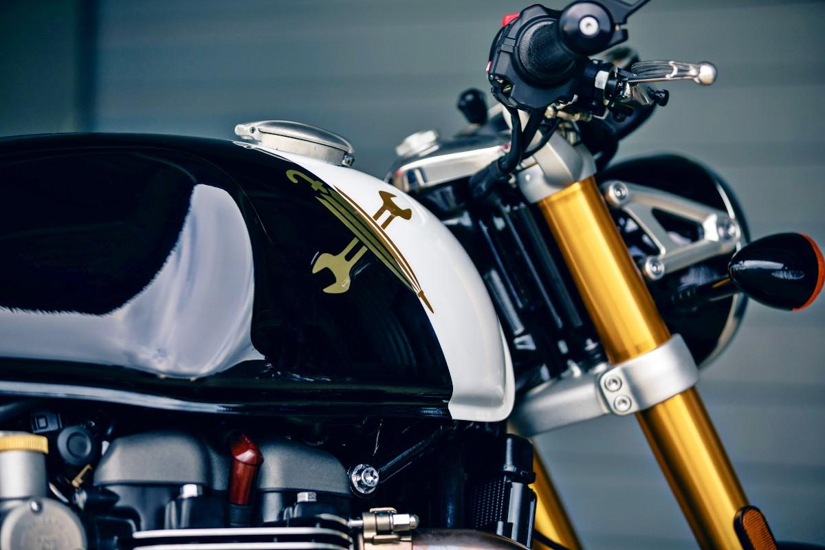 Triumph 10th Year Anniversary Thruxton RS 3