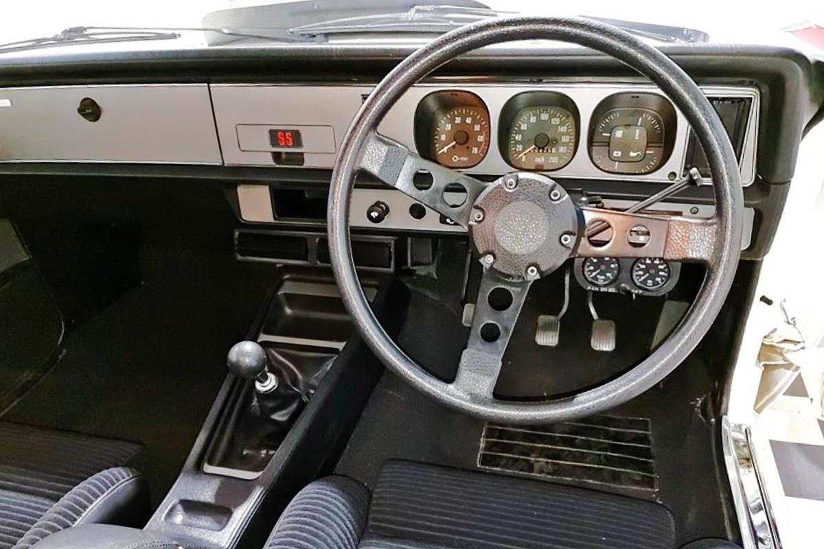 1977 Holden Torana A9X Hatch 2
