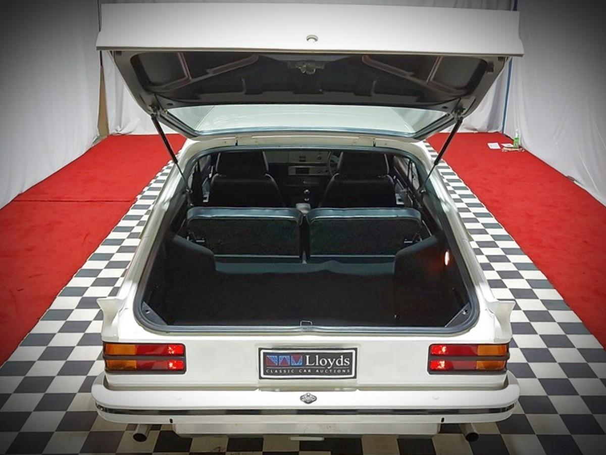 1977 Holden Torana A9X Hatch 9