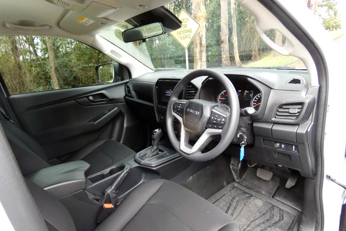 2021 Isuzu D MAX SX Single Cab Chassis 4x2 8