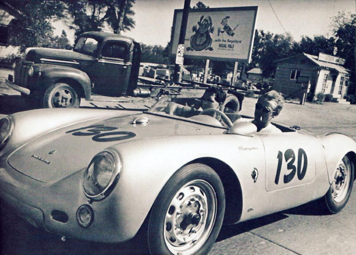 Dean at the wheel of the Porsche Speedster 550