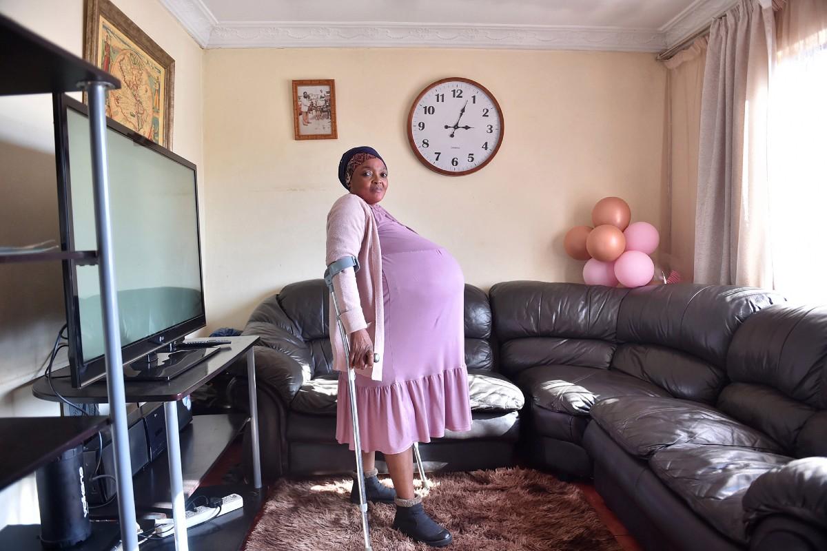Gosiame Thamara Sithole gives birth to 10 kids 6