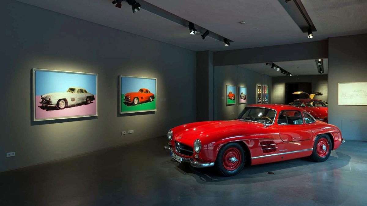 Mercedes 300SL in museum