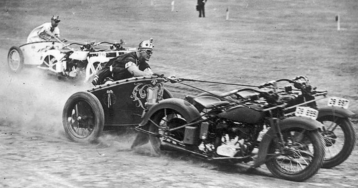Motorcycle Chariot Racing 1
