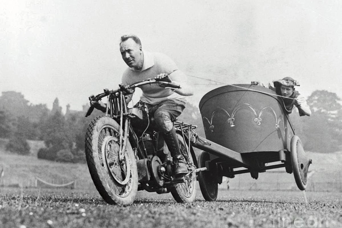 Motorcycle Chariot Racing 4
