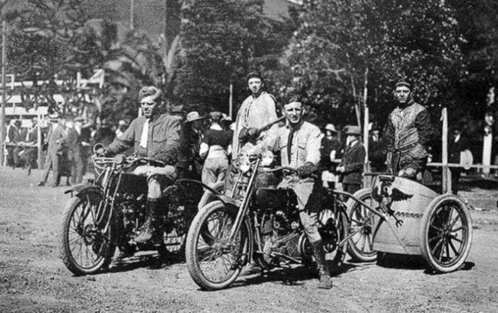 When the motorcycles roared and charioteers did battle