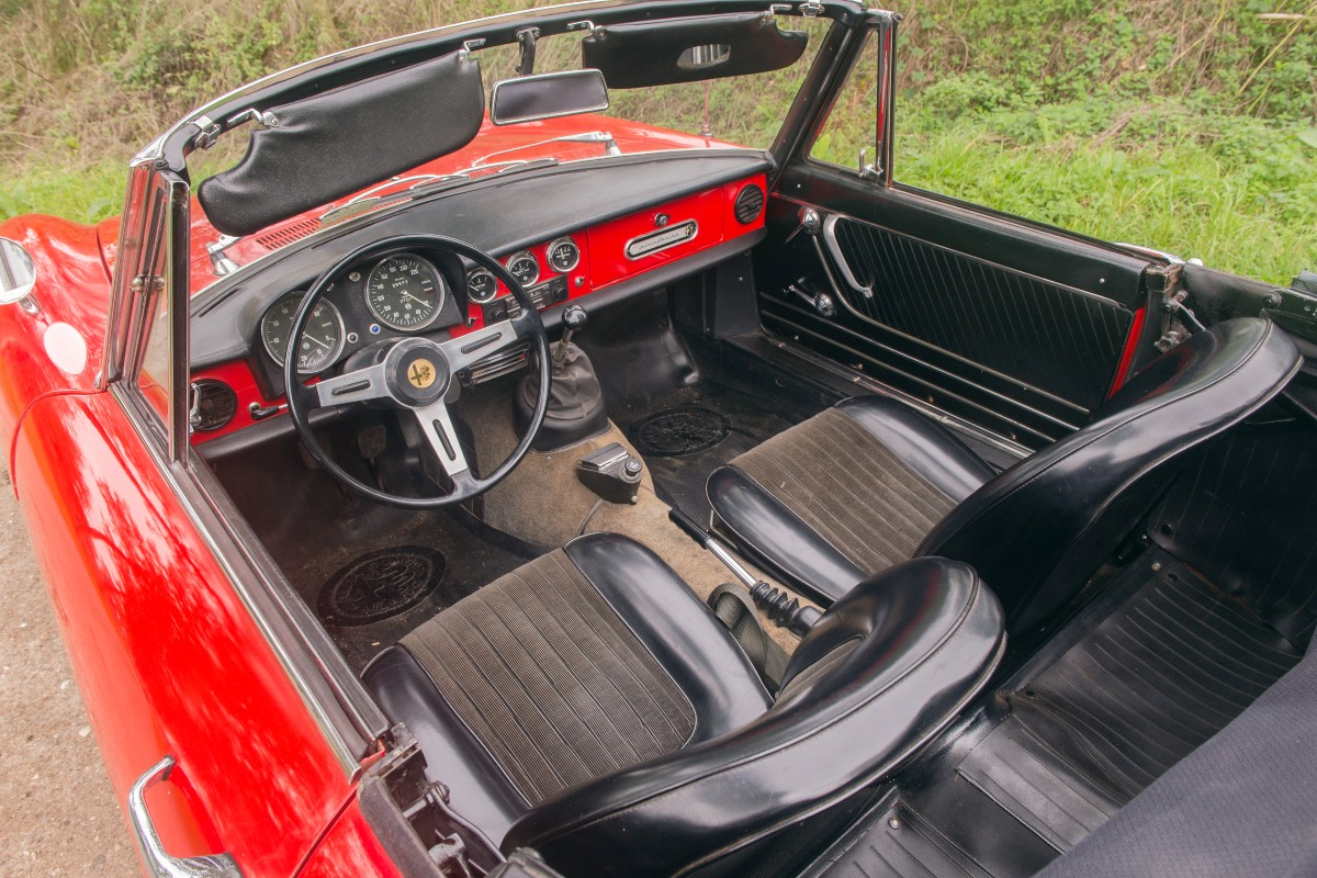 1966 Alfa Romeo 1600 Spider 1