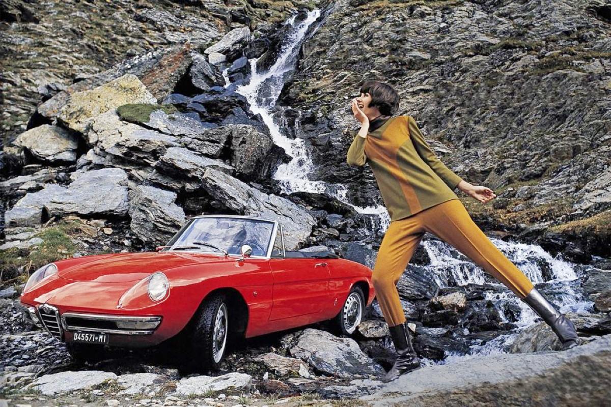 1966 Alfa Romeo 1600 Spider 5