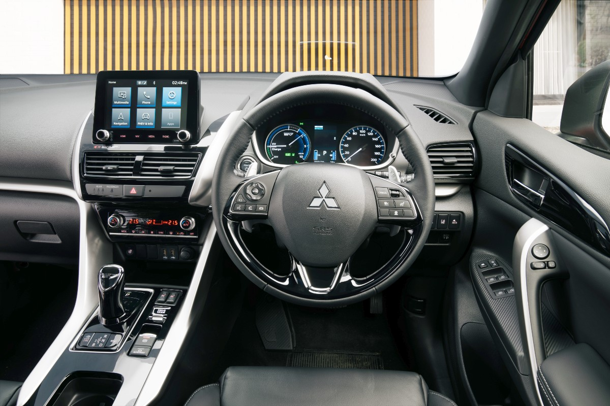 2021 Mitsubishi Eclipse Cross P HEV 4