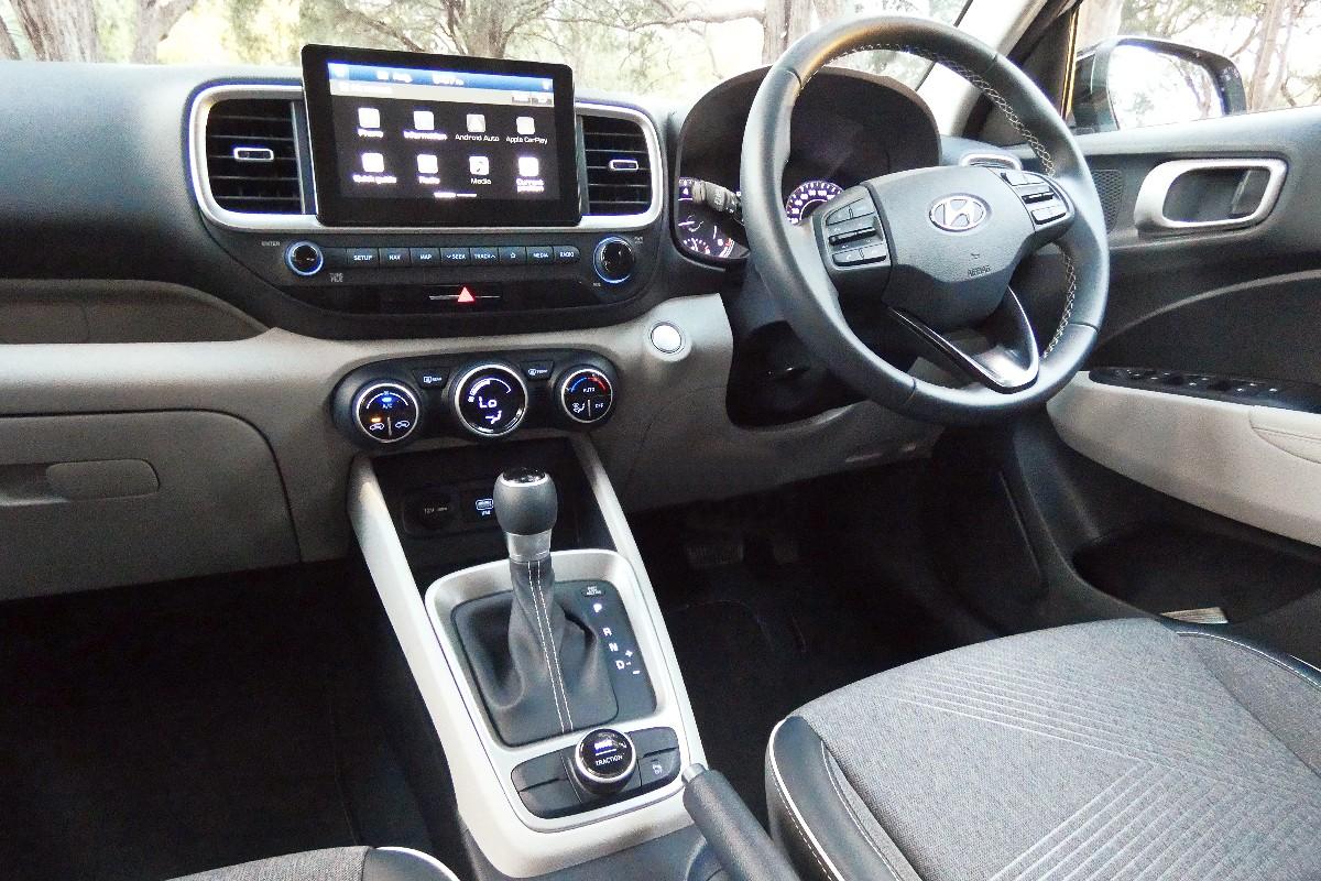 2021 Hyundai Venue Elite 6