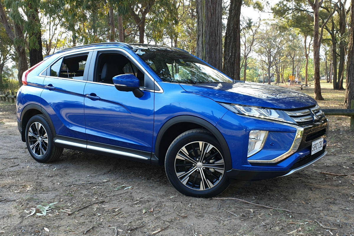 Mitsubishi Eclipse Cross Exceed front 1