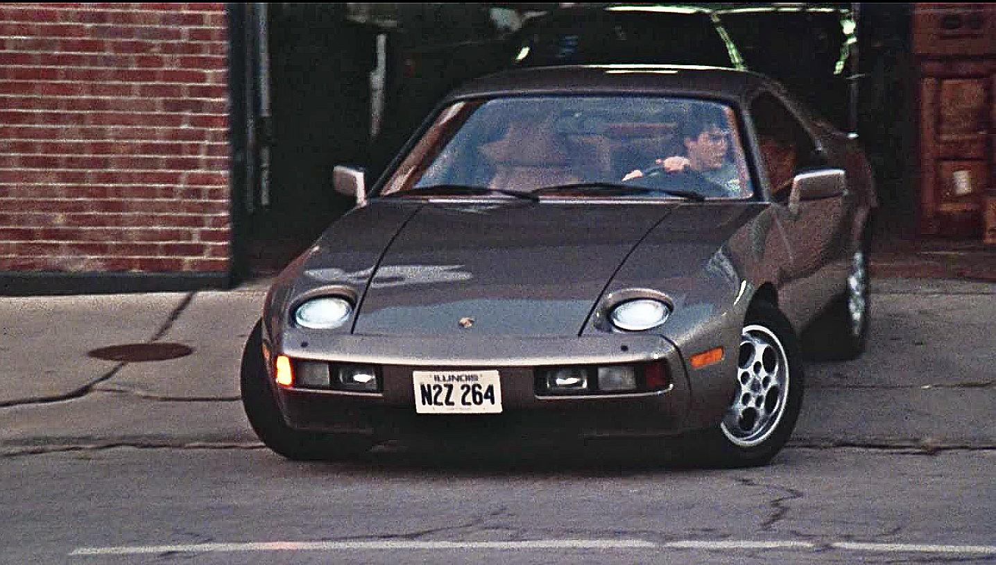Porsche 928 from 1983 Risky Business movie 5