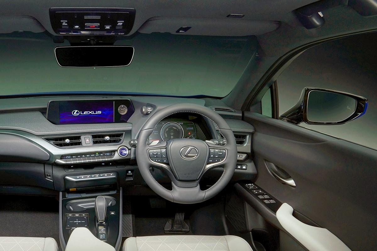2021 Lexus UX 300e 7