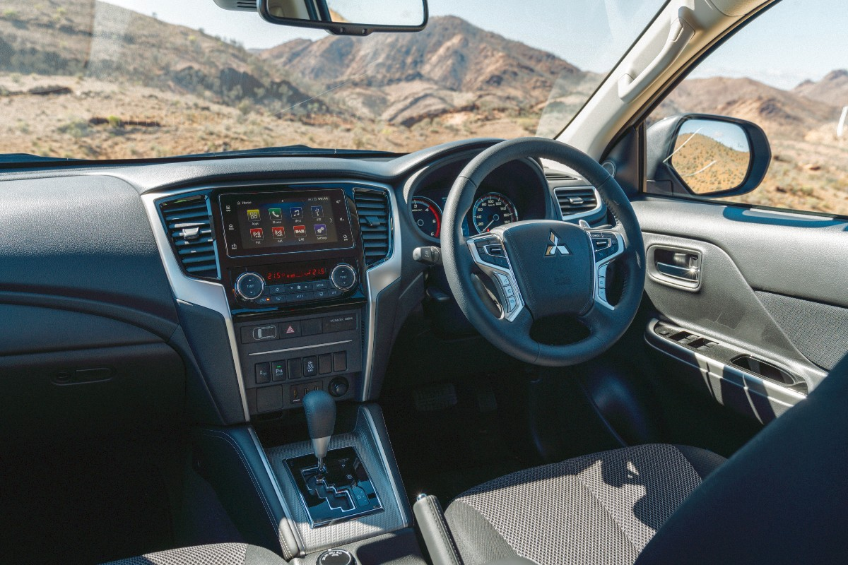2021 Mitsubishi Triton GLS 1