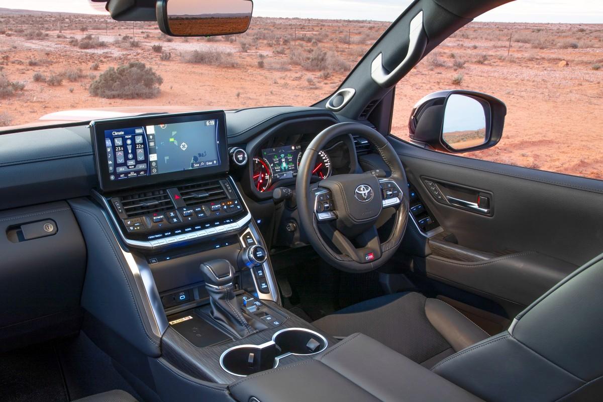 2021 Toyota Landcruiser 300 Series 11